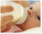 על הסכנות במתן חלב פרה לתינוקות