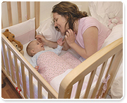 יתרונות השינה משותפת עם התינוק/ת